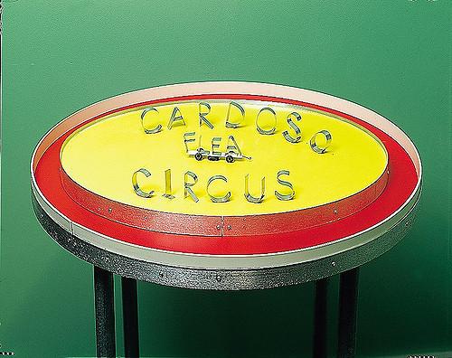 1996_cardoso flea circus_exploratorium07